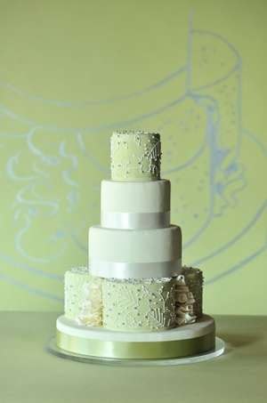 La Joconde Bakery Green Wedding Cake